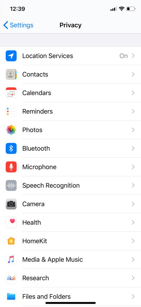 Disable Location-based ads (Privacy Settings) Apple